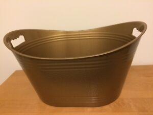 Gold Plastic Beverage Tub 32L