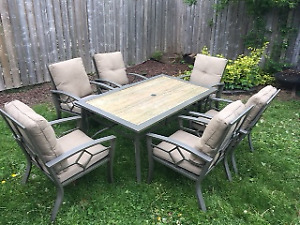 7 piece patio set with cushions