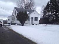LARGE PROPERTY WITH FENCED IN BACK YARD LOCATED IN MEMRAMCOOK!