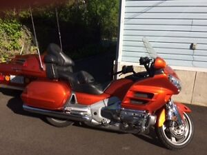 Gold Wing 2003, 55281 km, 13000$ negociable