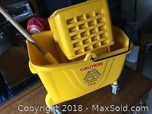 Commercial Mop Bucket With Wringer And Mop