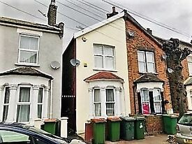 Two double Bedroom House to rent, Manor Park E12