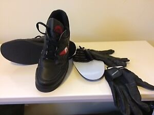 Women's Size 9 Curling Shoes + Gloves