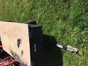 agrifab 10 cu foot trailer