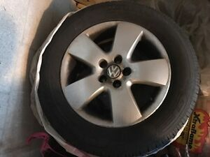 Volkswagon alloy rims |  jantes en alliage