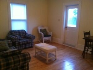 SEPT 1 - SPACIOUS THREE BEDROOM ON DAL CAMPUS