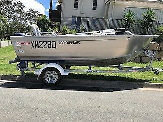 Stacer 429 Outlaw in great condition