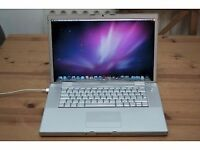 Macbook pro 15 inch Apple mac laptop fully working
