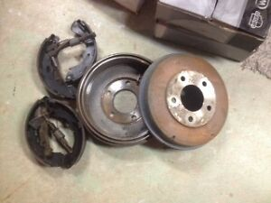 rear brake drums & shoes 01 to 04 PT cruiser