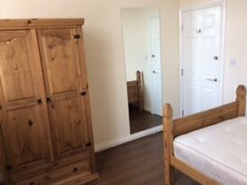 Available now! Double room, Liverpool 7 Edge Hill, All Bills & wifi Included