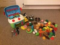 Children's mini kitchen with sound effects and extras