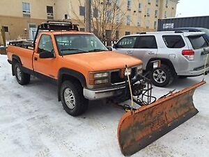 SOLD 1998 Chev 2500 4x4 Pickup Truck/snow plow  led lights