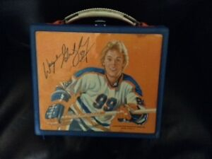 Wayne Gretzky lunch box from his rookie days in Edmonton
