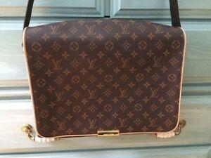 Louis Vuitton Leather Handbag Authentic (Very negotiable price)