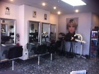 Hairstylist Required for Roberts Hair Design ,Duke St,minimum 5 years experience