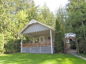 Shuswap Lake Cabin for Weekly Rental