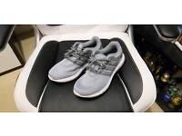 Adidas Cload Foam trainers Mens Size 9 UK