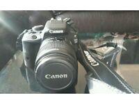 Canon EOS 100D 18-55m + 75-300m lens