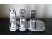 Panasonic KX-TG7321E cordless phone with answer machine and 3 handsets.