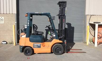 USED 1.8 Tonne Forklift