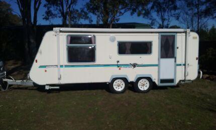 For Sale 2000 Windsor Panther 18 ft dual axle caravan pop top