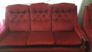 antique look burgandy couch with 2 arm chairs Kingswood Penrith Area Preview