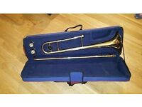 Bb Tenor Trombone with 2 mouthpieces and Case