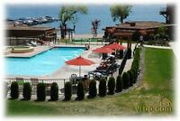 Lakefront 2 bed/Den Pool, Boat Slip exc rm West Kel Avl NOW-Sept