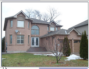 Scarborough Family Home, 3 Bedroom with 2 Bath walkout apartment