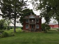 SPACIOUS COUNTRY HOME ON ACRE LOT WITH WORKSHOP