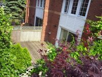 1 Place d'Armes #86 Newly updated Frontenac Village condo
