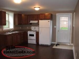 AVAILABLE MAY 1ST -- 1 Bedroom Apartment