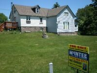 HANDYMAN SPECIAL. DUPLEX. COUNTRY LOT.1&3 BR UNITS. NEAR CHESLEY
