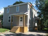 SUNDAY OPEN HOUSE--130 DAVIDSON ST--OCT 4--3:00PM - 4:30PM