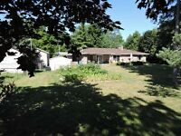 PRIVATE RAVINE LOT ON DEAD END STREET. EXECUTIVE HANOVER HOME.