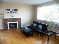 Nice furnished rooms 2 houses from UNB on Kings College