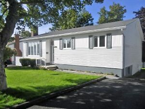 Tidy super area west end home off Topsail road, well cared for