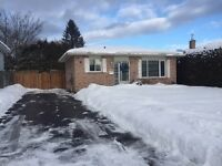 OPEN HOUSE! Saturday Feb 13th at 154 Parkland Cres -- 2-3:30pm