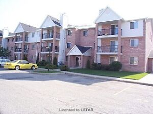 COME CHECK OUT THIS 3 BEDROOM CONDO!!!