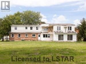 Totally renovated country home-2.75 acres London Ontario image 1