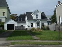 Renovated 3 Bedroom Home with Garage West (near Martello Tower)