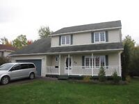 Beautiful Large 2 Storey Home in Popular Evergreen***
