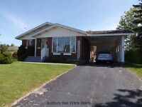 ALL BRICK BUNGALOW ON A QUIET CUL DE SAC-QUICK CLOSING AVAILABLE