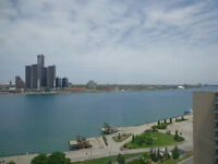 RARE OPPORTUNITY AWESOME CONDO AT 75 RIVERSIDE DR.E