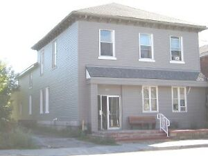 6 Plex in Belleville for sale. $524,900 Investment Opportunity