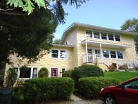 3091-SF HOME BOASTING INFAMILY LIVING, MINUTES TO LAKE!