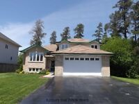 LARGE, BEAUTIFUL HOME - WELL MAINTAINED INSIDE AND OUT!