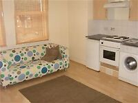 Lovely bright 1 bed flat, 1 min Tube, PVT L/L Save £££!!! Come Direct! WILLESDEN GREEN