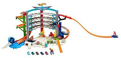 Hot Wheels Ultimate GARAGE PLAYSET, Kids Toy Remote Control & PLAYSET VEHICLE