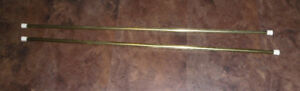 2 EXPANDABLE GOLD CURTAIN RODS